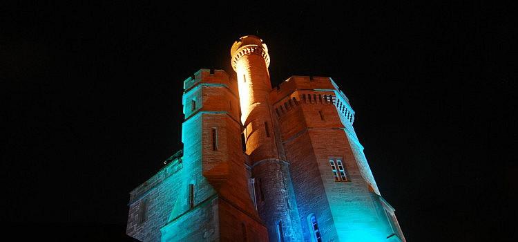 Inverness bei Nacht